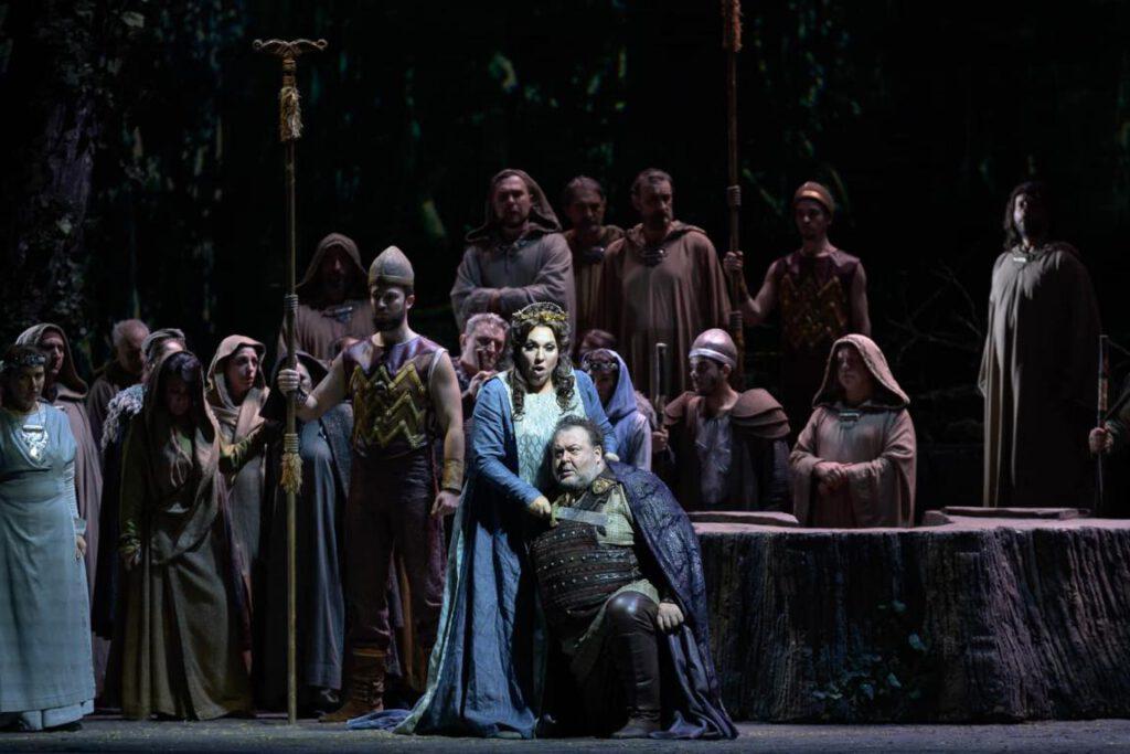 Norma - Bellini - Teatro San Carlo - Photo credit: Luciano Romano